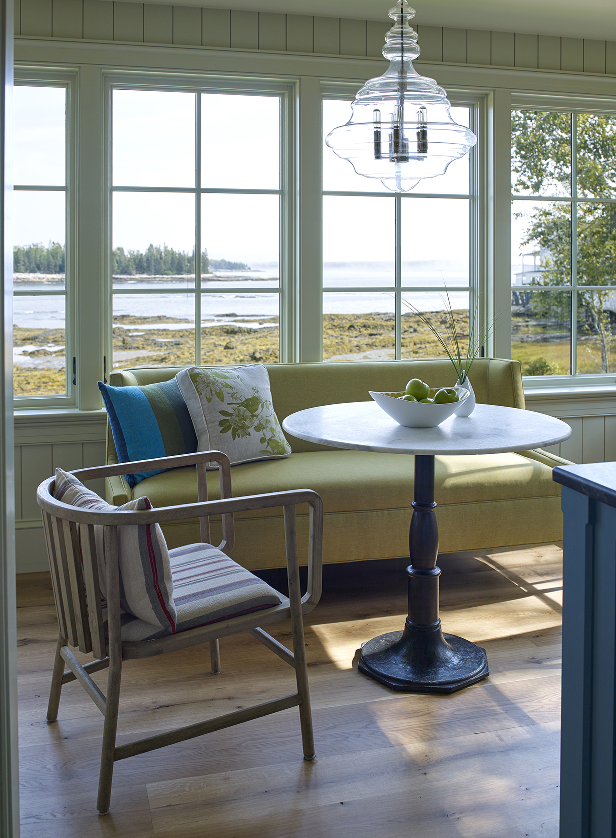 knickerbocker-group-project-capitol-island-cottage-family-coastal-living