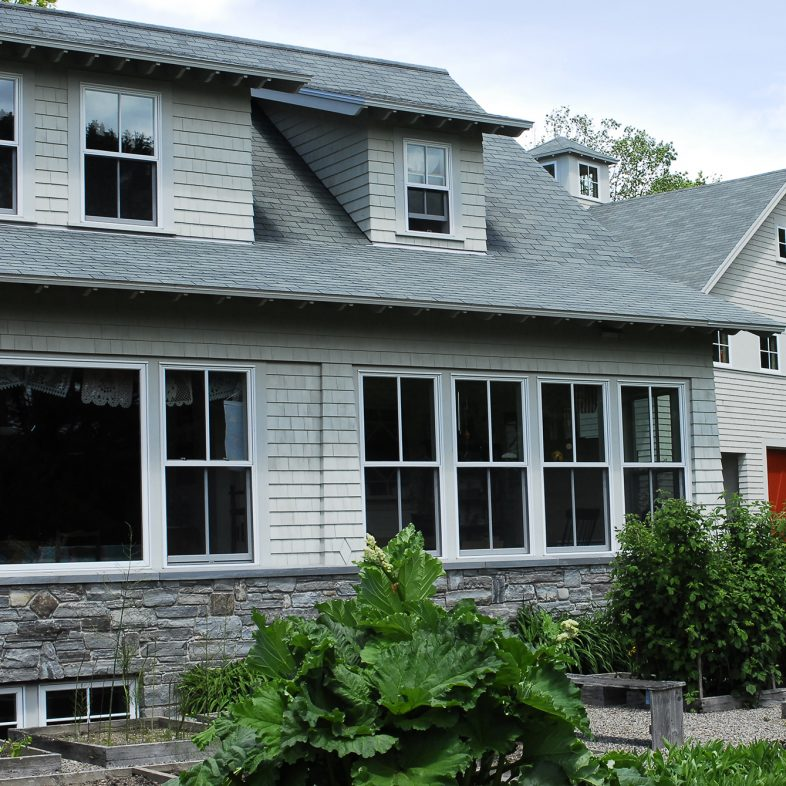 knickerbocker-group-project-saltwater-farm-maine-family-home-coastal-living