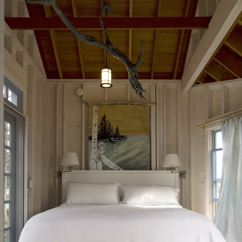 Bed in the Hunting Island Bunkhouse