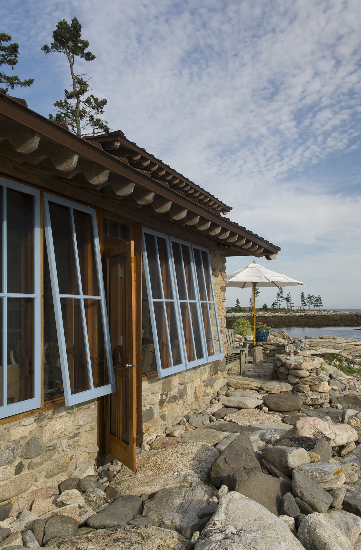 Operable windows to let the coastal breeze into Hunting Island Cottage