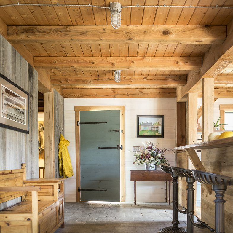 knickerbocker-group-project-new-found-farm-maine-barn-home-refurbish